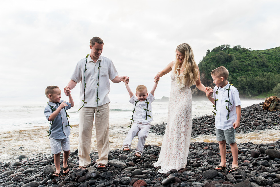 hawaii-adventure-vow-renewal-5.jpg