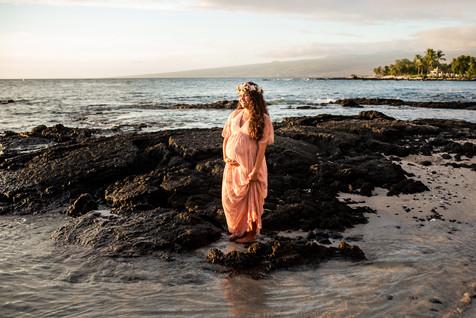 hawaii-maternity-session-30.jpg