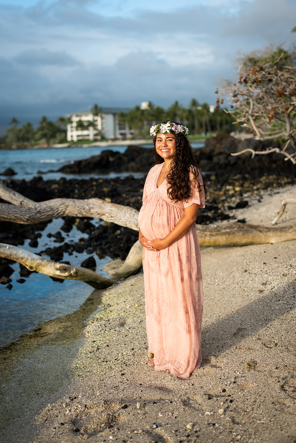 hawaii-maternity-session-9.jpg