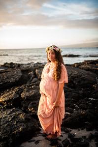 hawaii-maternity-session-31.jpg