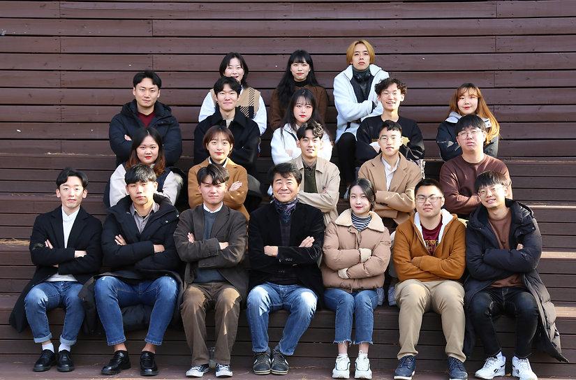여운 단체 사진.jpg