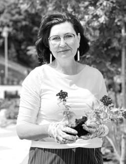 Ирина Сахарова