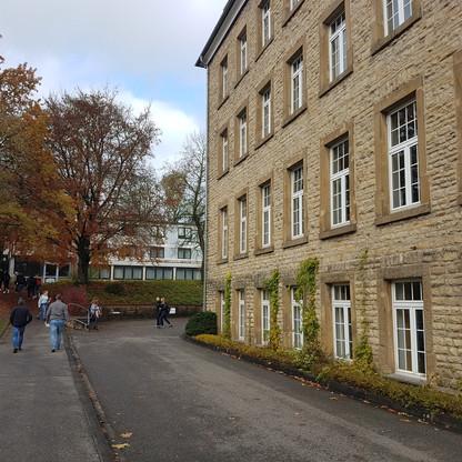 SJG Biesdorf Gymnasium Eifel Schule (1)