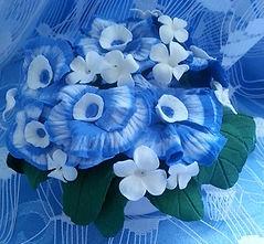 Цветы из полимерной глины,чаша с тайником с цветами из полимерной глины, голубые и белые цветы из полимерной глины с тайником декор, сувенир