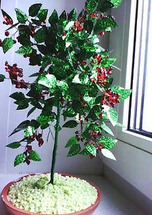 Дерево с ягодами из бисера Рябинка фото
