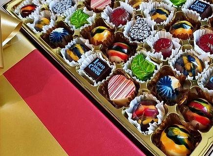 Chocolates, chocolate, Plymouth chocolates, Plymouth chocolate, chocolates UK, chocolate UK, handmade chocolates, chocolate shop, chocolate gifts, chocolate presents, boxes of chocolates, chocolate boxes.