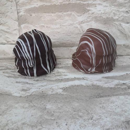 Schaumküsse (Mind. 4 Stück)