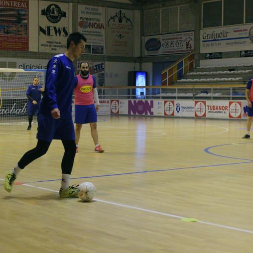O filial regala os puntos en Sarria (3-0)