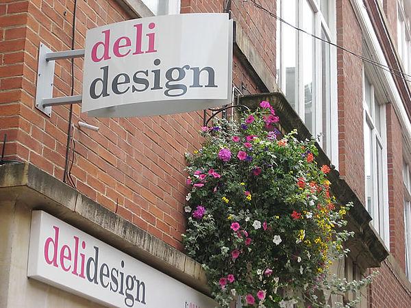 deli-design-sheffield-curved-aluminium-p