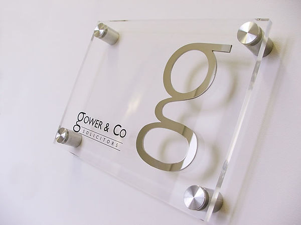 acrylic-stainless-door-wall-nameplate-of