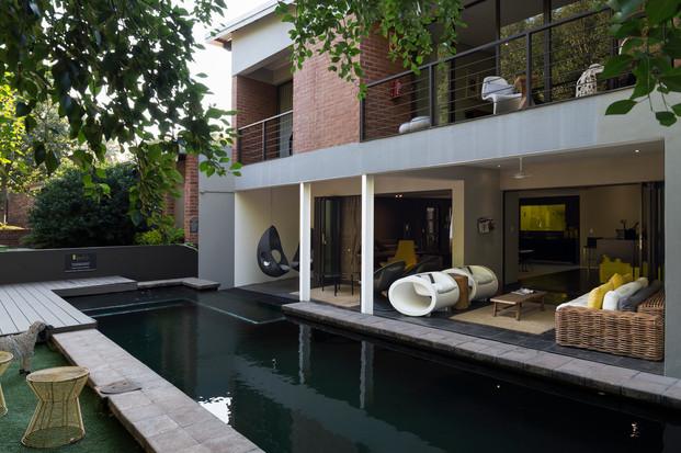 Pretoria East hotel, pool, functions.jpg