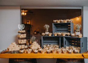 Let them eat Cake! Alternatives to the Traditional Wedding Cake.