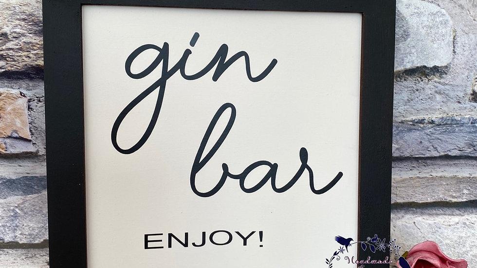 Gin bar square