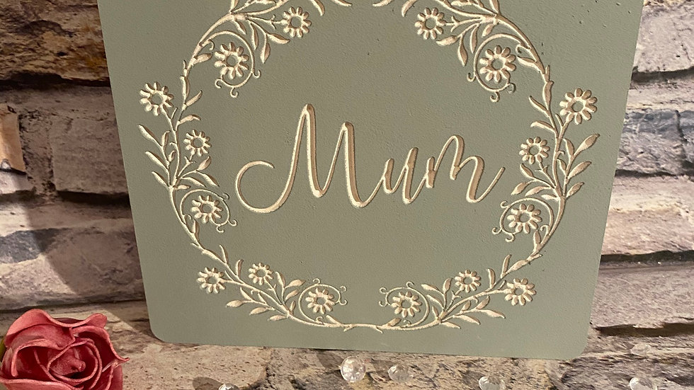 Engraved family flower plaques mum