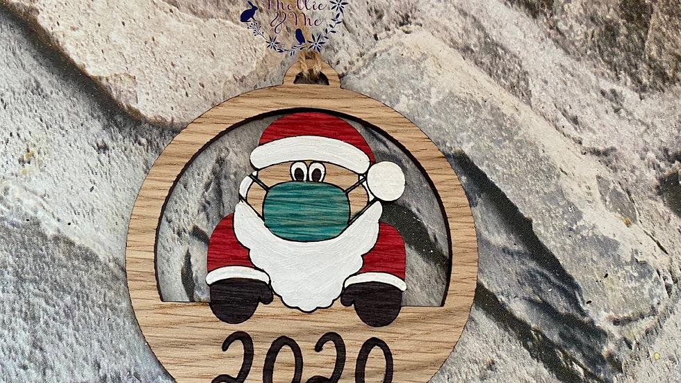 lockdown 2020 Santa with mask oak bauble