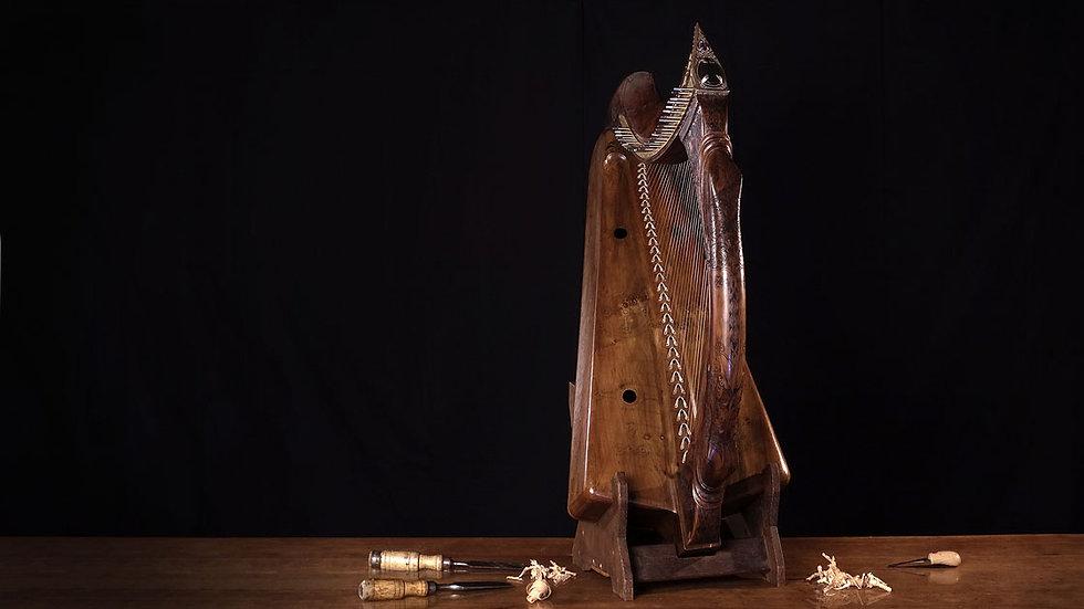 Les techniques de fabrication retrouvées de la harpe celtique médiévale pour un son unique