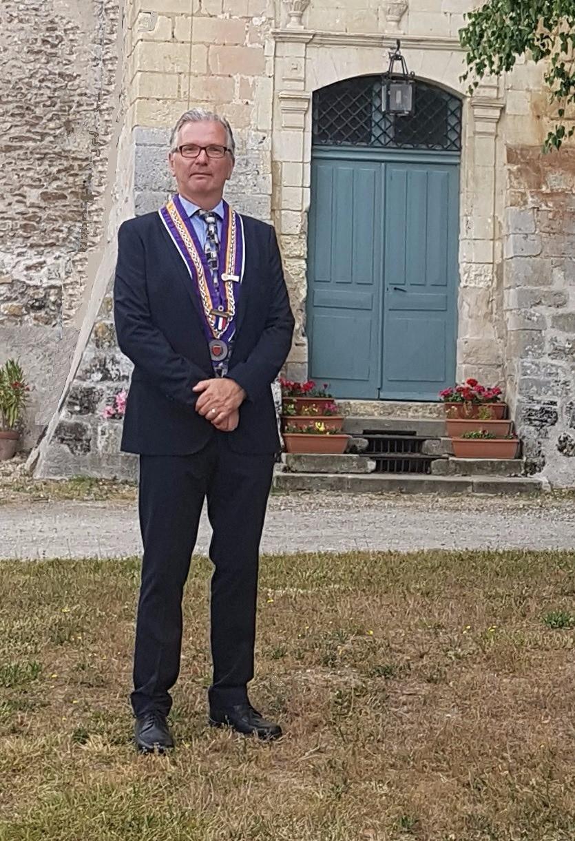 Stephen Palluel (Maitre Hotelier)