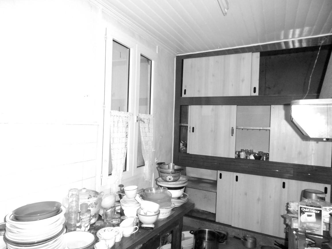 Salle de bains attenante à la chambre _t