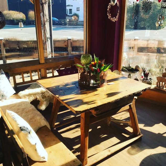 Bild Tisch.JPG