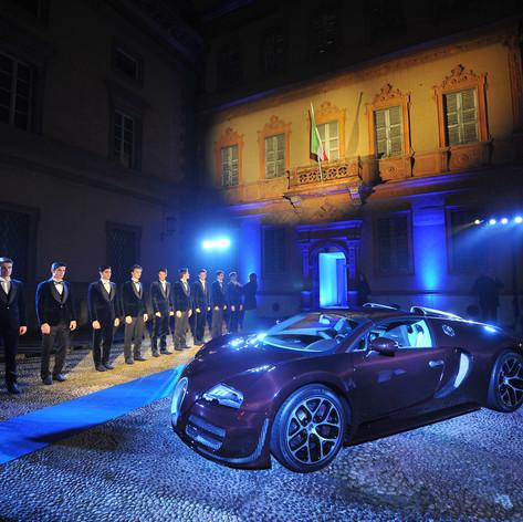 La Vie En Bleu: Bugatti & L'Uomo Vogue