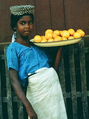7Girl, Burma.JPG
