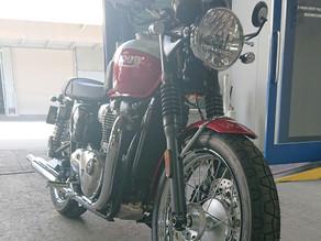 TRIUMPH  ボンネビル  T100