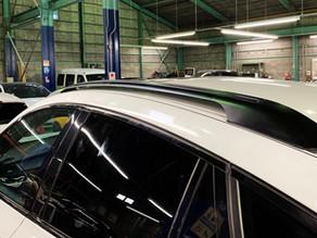 BMW X6 ルーフレール取り付け作業