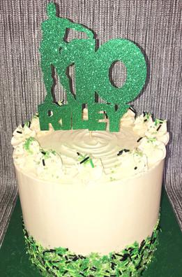 Flossing Fortnite Cake