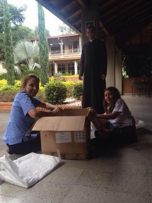 Hope For Kasai Visits Colegio Gimnasio Los Pinares in Colombia