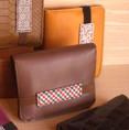 Portefeuille Thomas BC20 - 48€ - Cuir, 4 emplacements carte, 1 porte-monnaie et un emplacement billet et carte d'identité, fermeture élastique