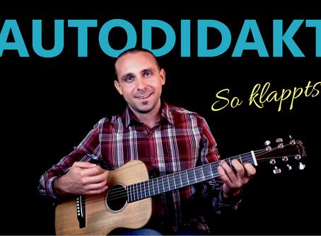 Kann man sich Gitarre spielen selbst beibringen?