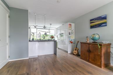 Interieur fotografie van witte keuken