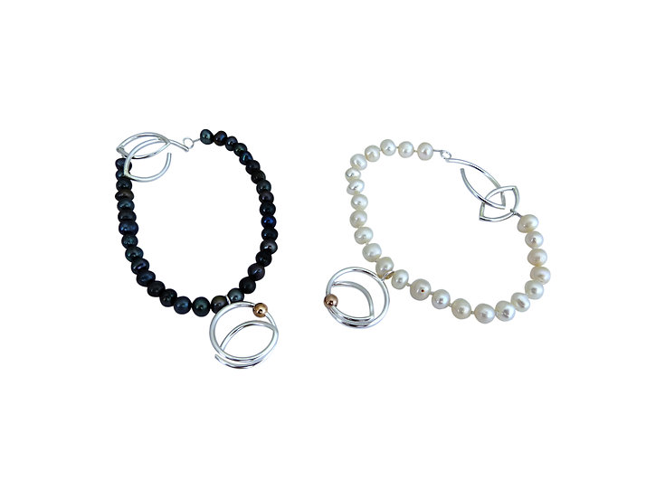 Fresh Water Pearl, 9ct Gold Bead Bracelet