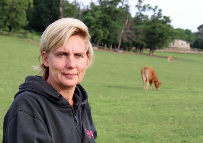 Véronique, élevage de vaches à viande de race Limousine