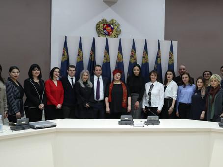 PR դպրոցի արտակարգ հանդիպումը ՀՀ արտակարգ իրավիճակների նախարար Տոնոյանի հետ