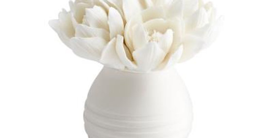 White Flower Bouquet Sculpture
