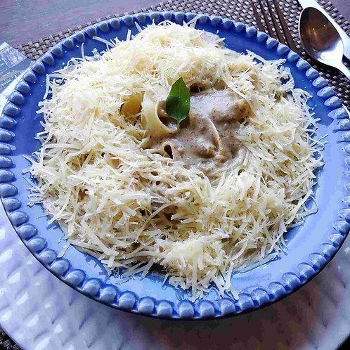 Massa seca Linguini ao Creme de Cogumelo da Casa (imagem Ilustrativa)