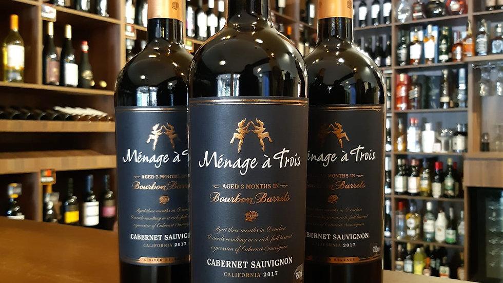 Vinho Tinto Californiano Menage à Trois Cabernet Sauvignon BOURBON BARREL 750ml