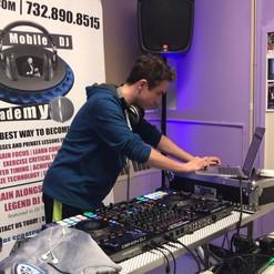 DJ Kyle _k1llr_kyle & _jgoodman_55 DJ J Goodie in the mix _ The Mobile DJ Academy 🎧🎤 #djlessons #djclasses #igvideo #themobiledjacademy