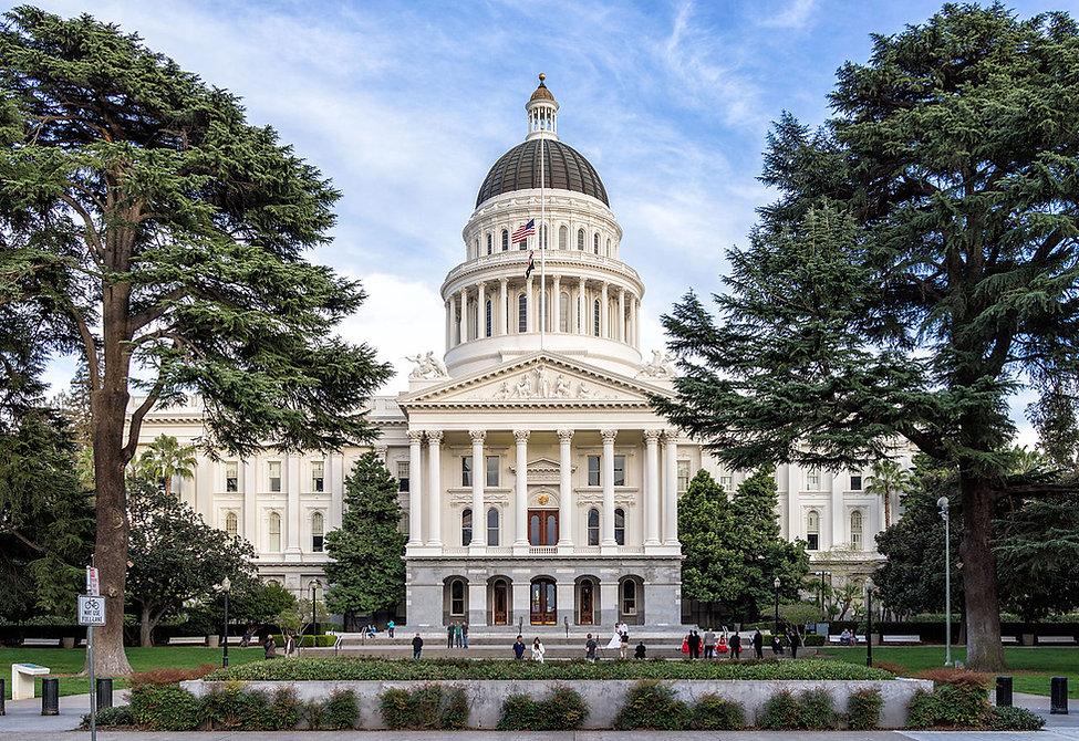 1280px-Sacramento,-California---State-Ca
