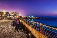 Tel-Aviv_Port_(long-exposure_HDR).jpg