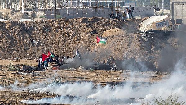800px-2018_Gaza_border_protest.jpg