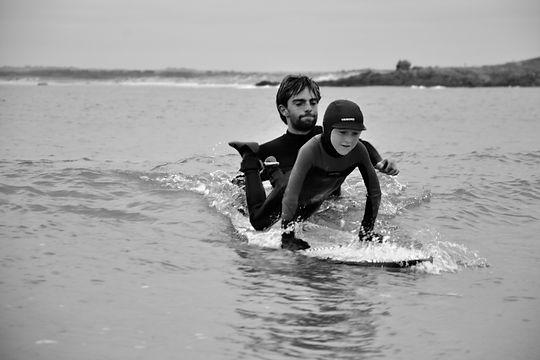 surf école de surf surfschool bretagne finistère location