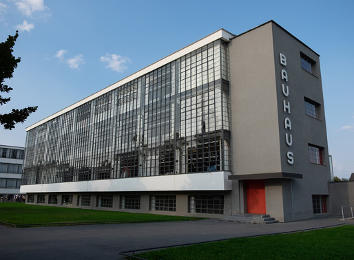 EXPERIENCING 100 YEARS OF BAUHAUS