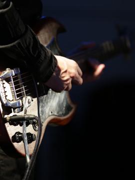 ベースギター