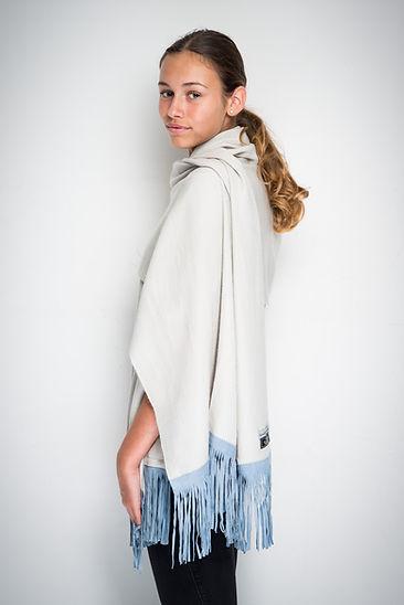 Stole in silk & cashmere, goat suède fringes
