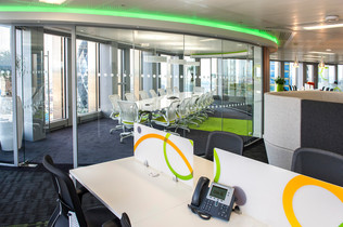 Office refit in Tower 42, London