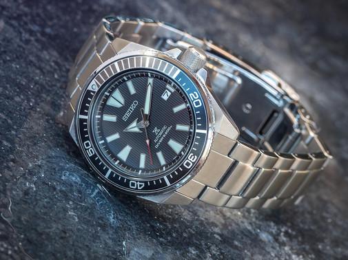 A men's dive watch product shot