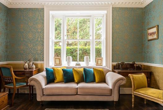 Contemporary lounge design