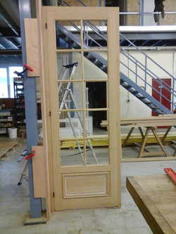Porte à petit bois